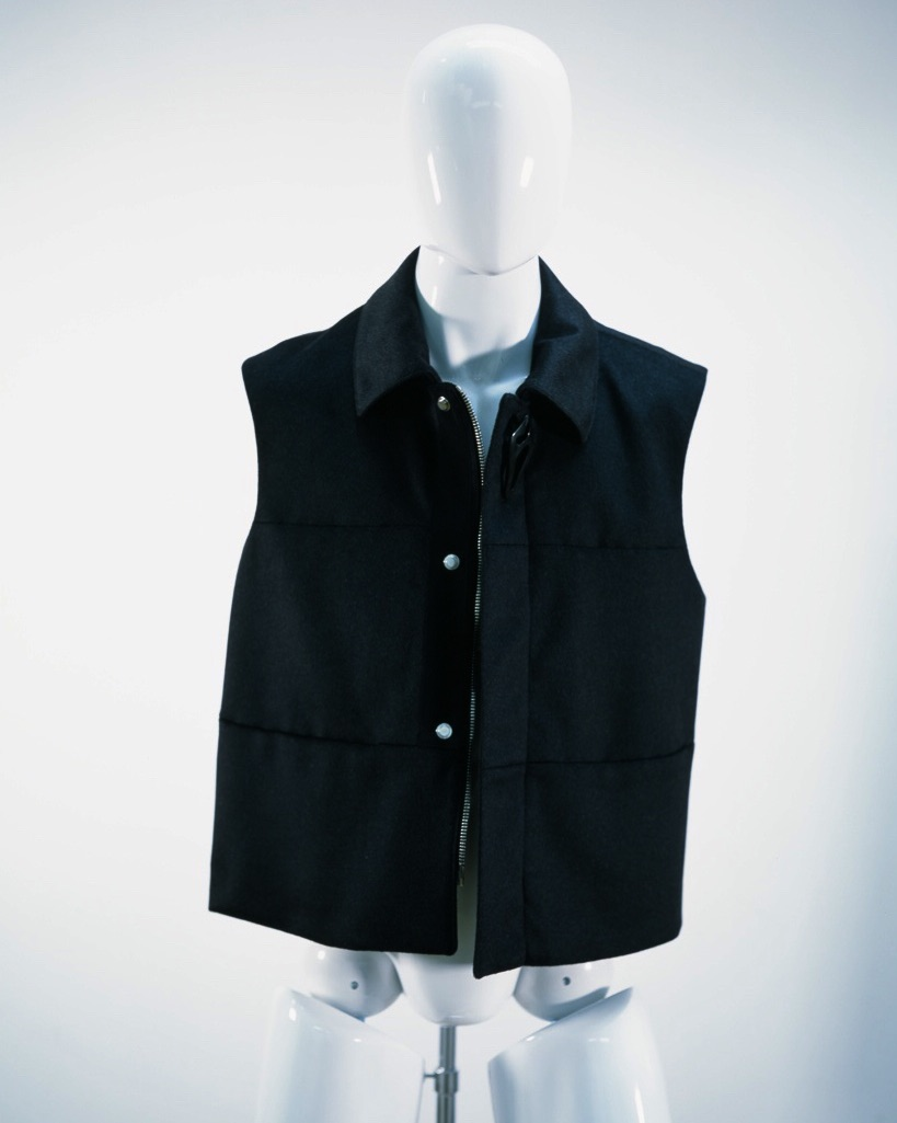 NAMACHEKO SHORT VEST BLACK