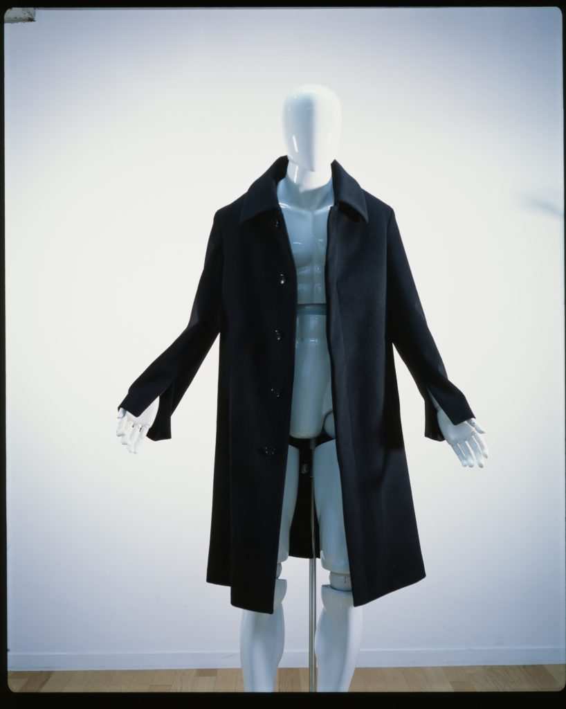 SINGLE SPLIT COAT BLACK