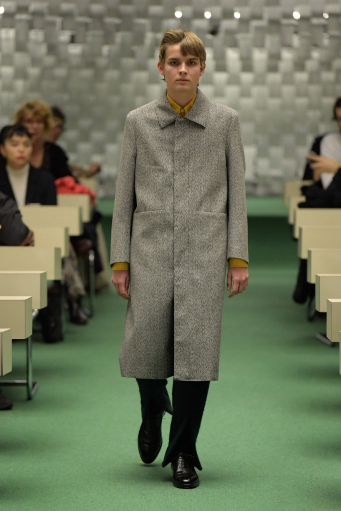 NAMACHEKO LONG LINE COAT GREY